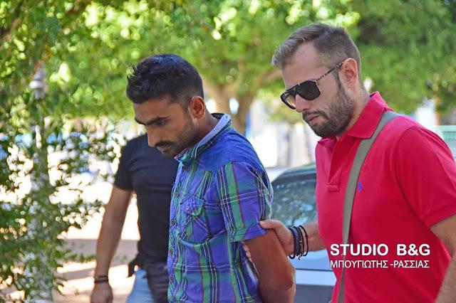 Αργολίδα: Στο εισαγγελέα Ναυπλίου ο Πακιστανός για την παράνομη μεταφορά των 21 μεταναστών