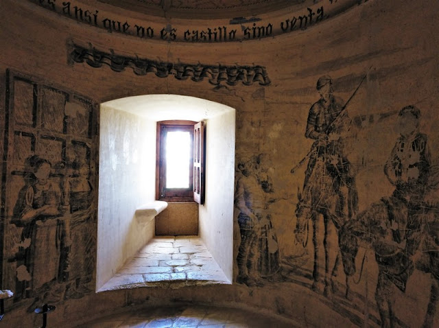 Castillo de Belmonte, sala El Quijote