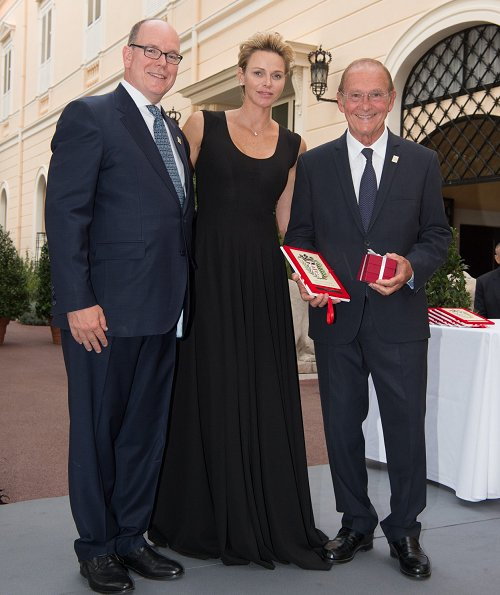 Princess Charlene wore AKRIS silk crepe striped dress and Stuart-Weitzman Sandal. Princess Caroline, Beatrice Borromeo, Princess Gabriella