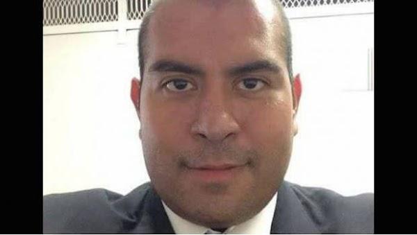 """Alumno de la U.N.A.M  es acosad0r del Metro, presumía en Facebook sus """"arrim0nes"""""""