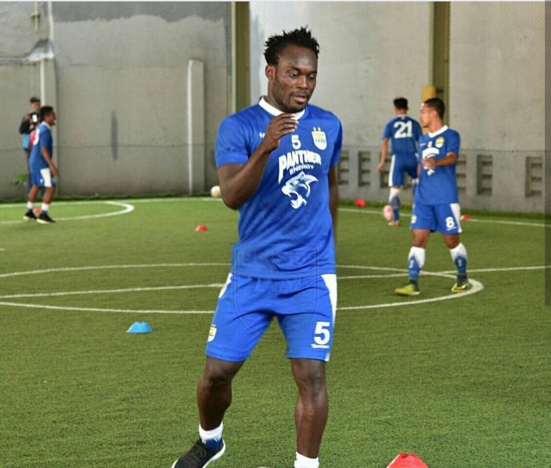 Essien Akui Atmosfer Paling Baik Main Sepakbola di Tempat Ini