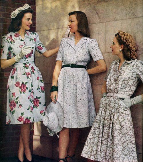 d738805bdad5 Santi e Modestia  La donna e i pantaloni negli anni  40