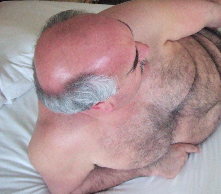 Fotos de hombres peludos desnudos