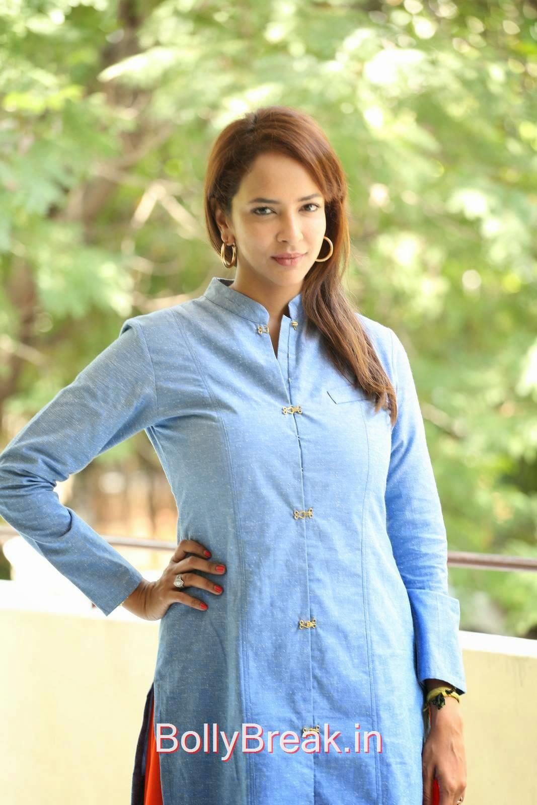 Telugu Actress Manchu Lakshmi, Manchu Lakshmi Latest hot Photo Gallery in HD