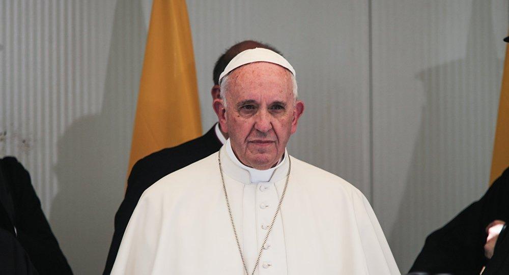 Αλλάζει το «Πάτερ Ημών»: Ποια φράση αντικαθιστά ο Πάπας Φραγκίσκος