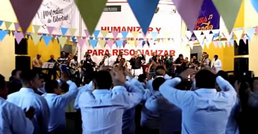 MINEDU: Internos del penal Sarita Colonia del programa Orquestando graban video clip «Mi libertad» www.minedu.gob.pe