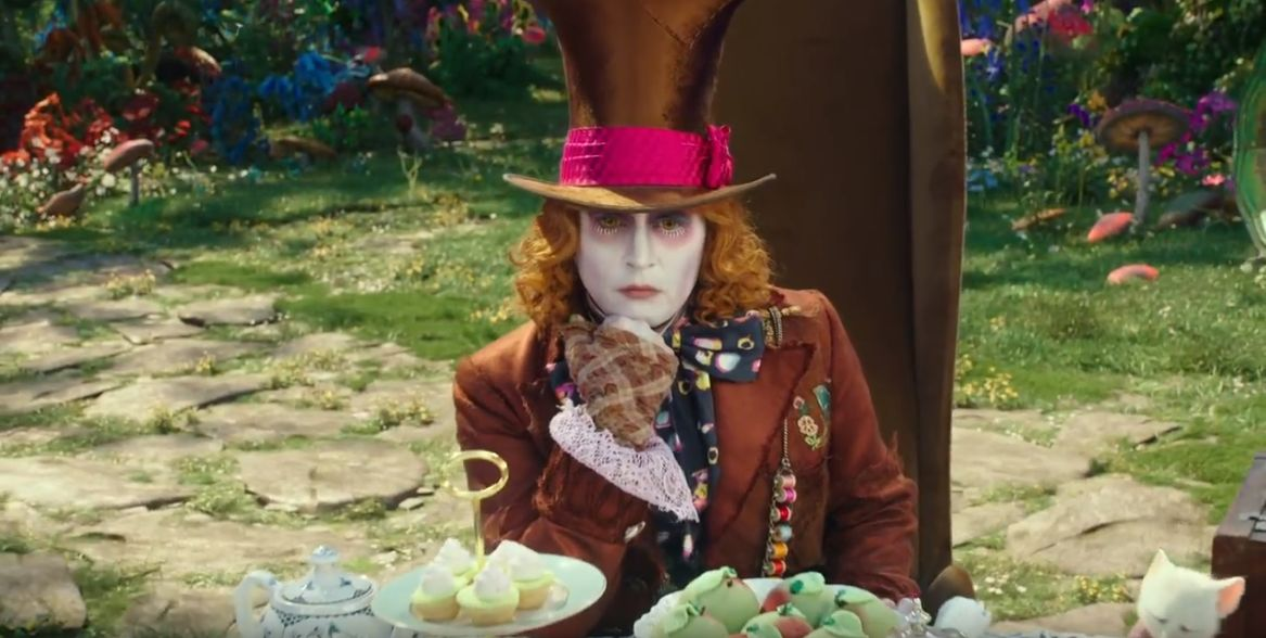 Alice Through the Looking Glass (2016) Movie Download 720p, 1080p, 720p