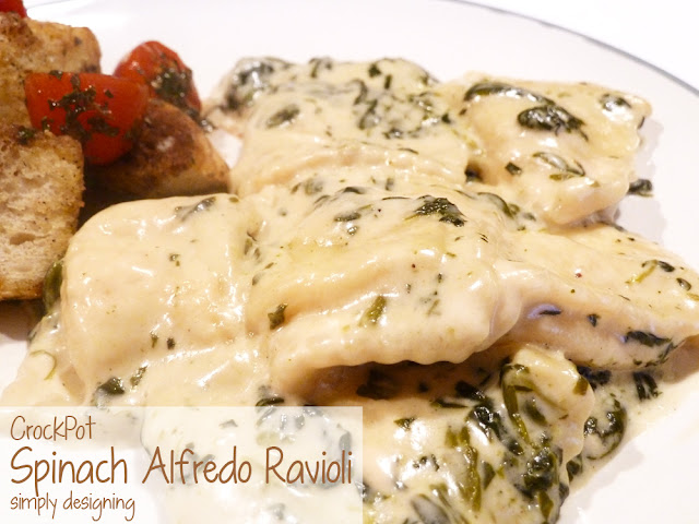 Crock Pot Spinach Alfredo Ravioli | a simple and really yummy crockpot meal! | #recipe #crockpot #emealstotherescue #pmedia #ad