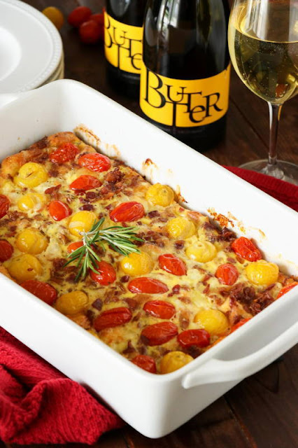 Tomato-Bacon Breakfast Casserole is perfect for Mother's Day {or ANY day} brunch.