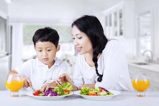 Mencegah Obesitas pada Anak dan Remaja Dimulai dengan Orang Tua