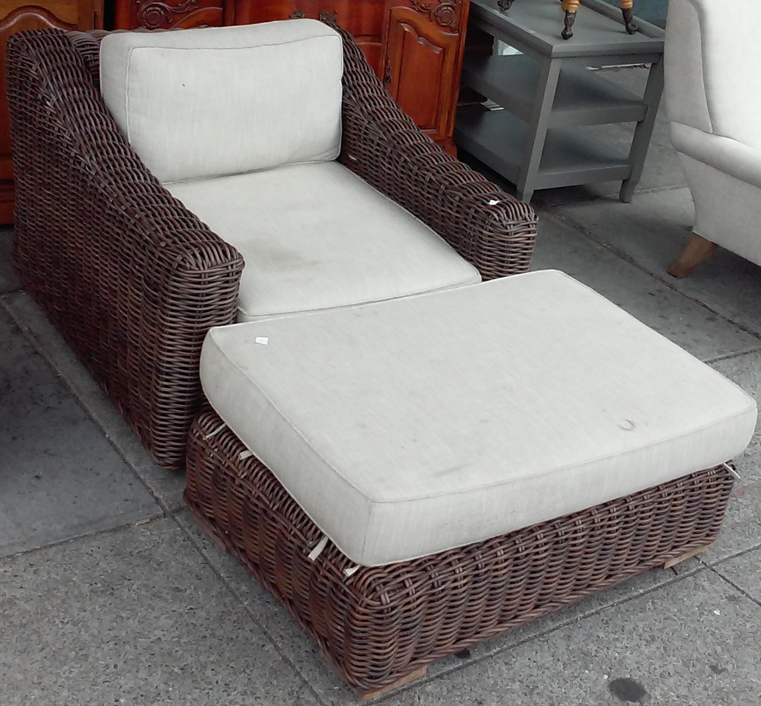 Amazing Uhuru Furniture Collectibles Sold 5919 Designer Wicker Pabps2019 Chair Design Images Pabps2019Com