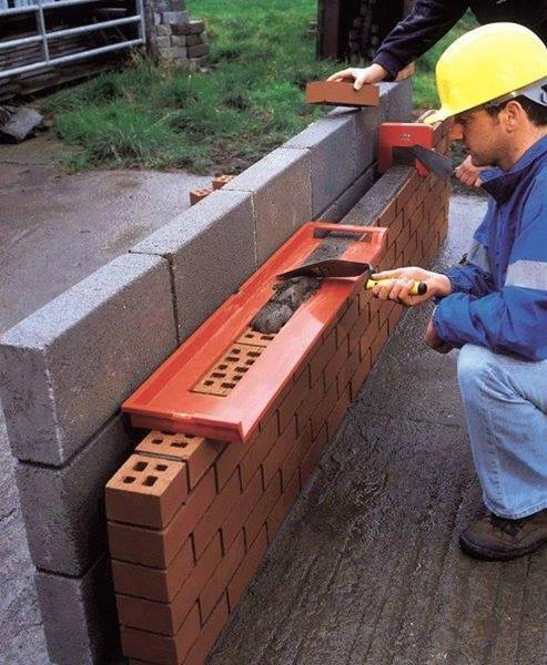 Good idea, Bricky Tool for Wall Construction