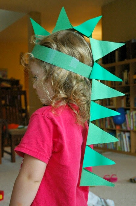 crafts for kids with paper, easy DIY craft ideas for kids, easy paper crafts for kids, DIY craft ideas DIY Paper Dinosaur Hat Craft for Kids