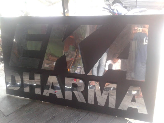 Papan Nama Huruf Timbul Stainless steel