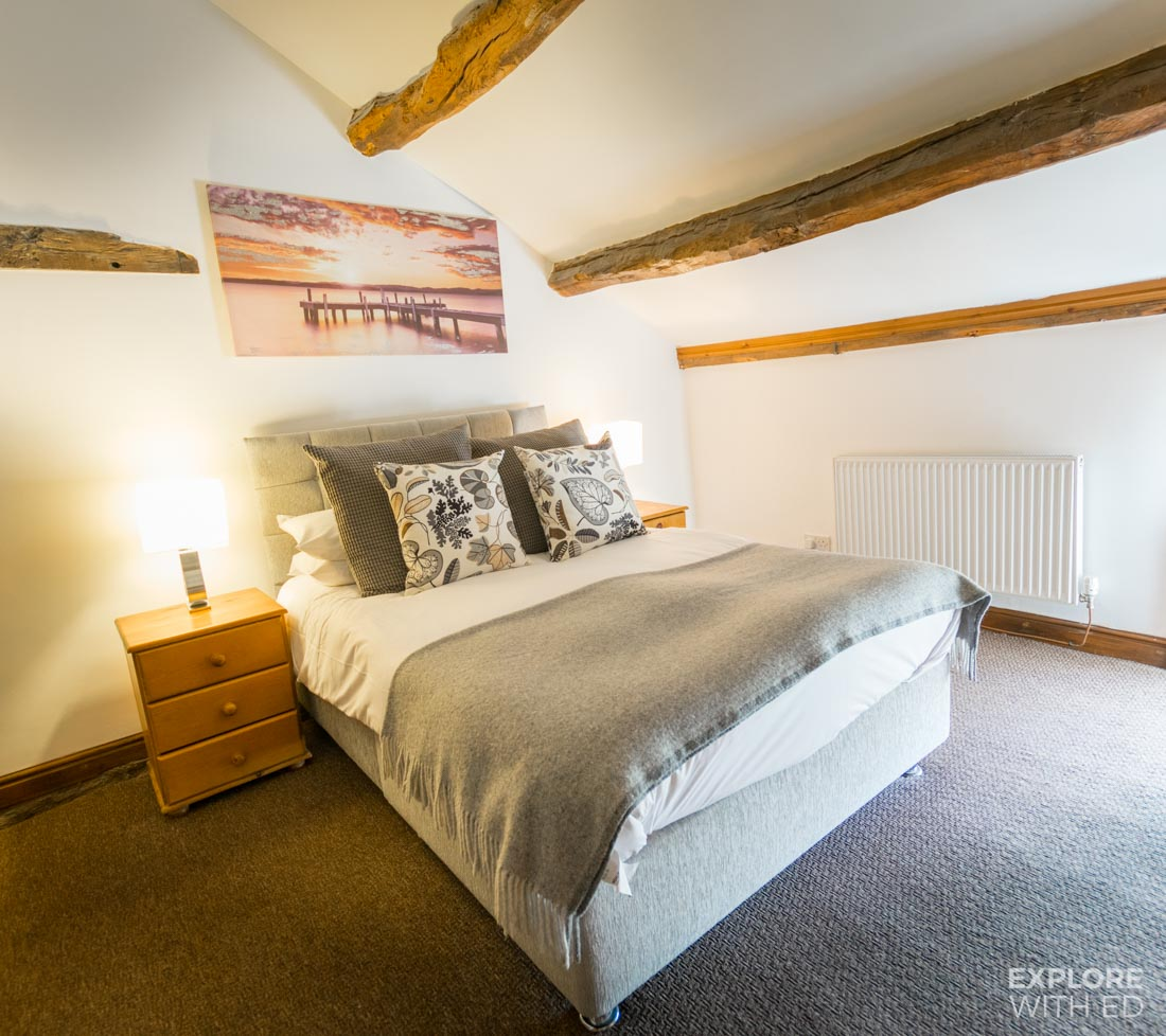 Cosy double bedroom in Ty Morgans Rhayader