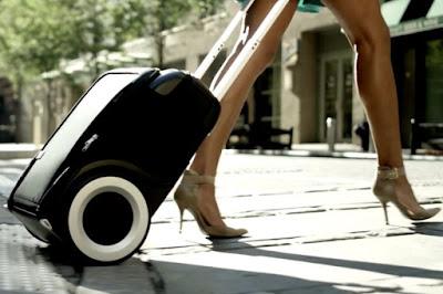 G-RO智慧行李箱不只把輪子換掉!還變身行動充電站|數位時代