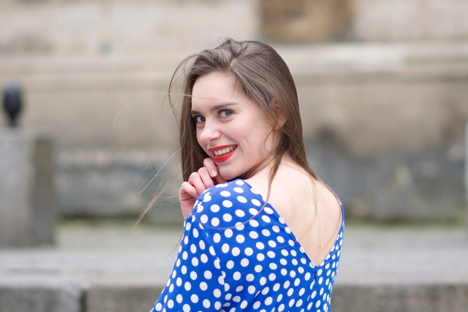 robe bleue à pois Zara7