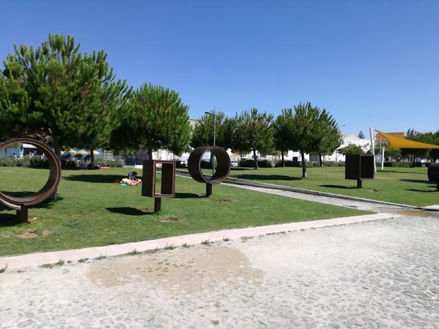 Monumento na Zona ribeirinha