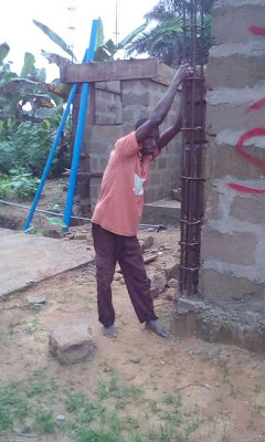 Akwa Ibom Man allegedly gets stuck while trying to steal building materials