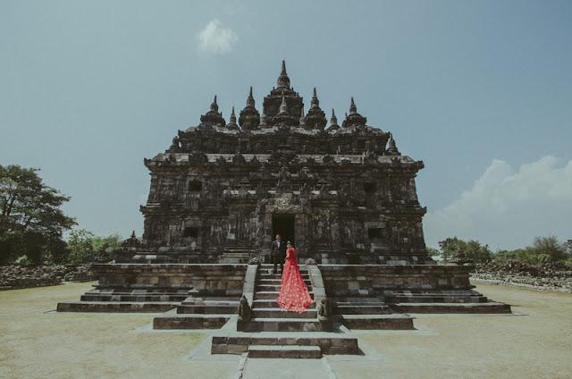 Prewedding Candi Plaosan, Yogyakarta