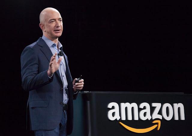 Jeff Bezos Invites People to Live on the Moon