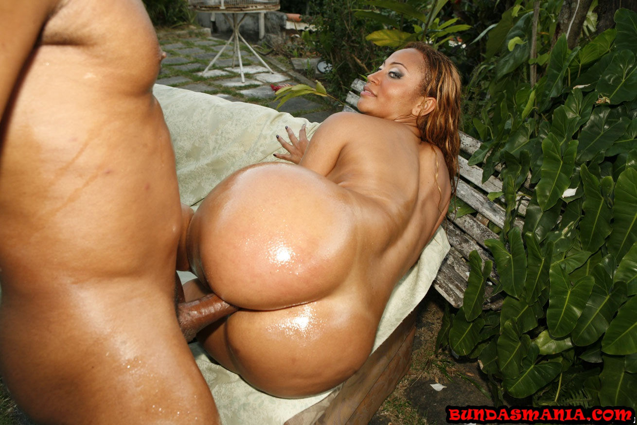 First interracial for blonde taylor whyte