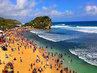 Pantai Indrayanti Jogja, Pesona Istimewa di Gunungkidul