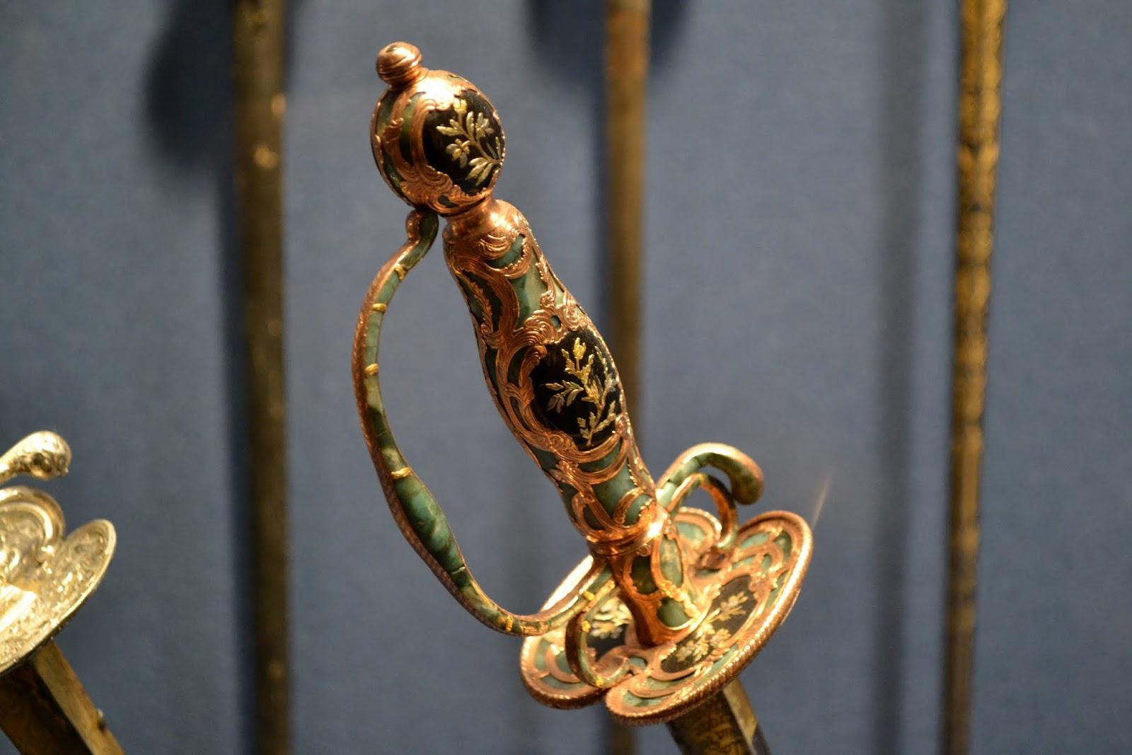 Оружие. Метрополитен-музей. Нью-Йорк, Нью-Йорк (The Metropolitan Museum of Art, NYC)