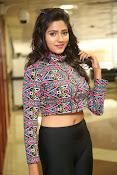 shalu chaurasiya latest sizzling pics-thumbnail-9