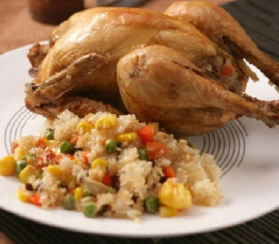 Cách nấu xôi ngũ vị nhồi gà nướng muối
