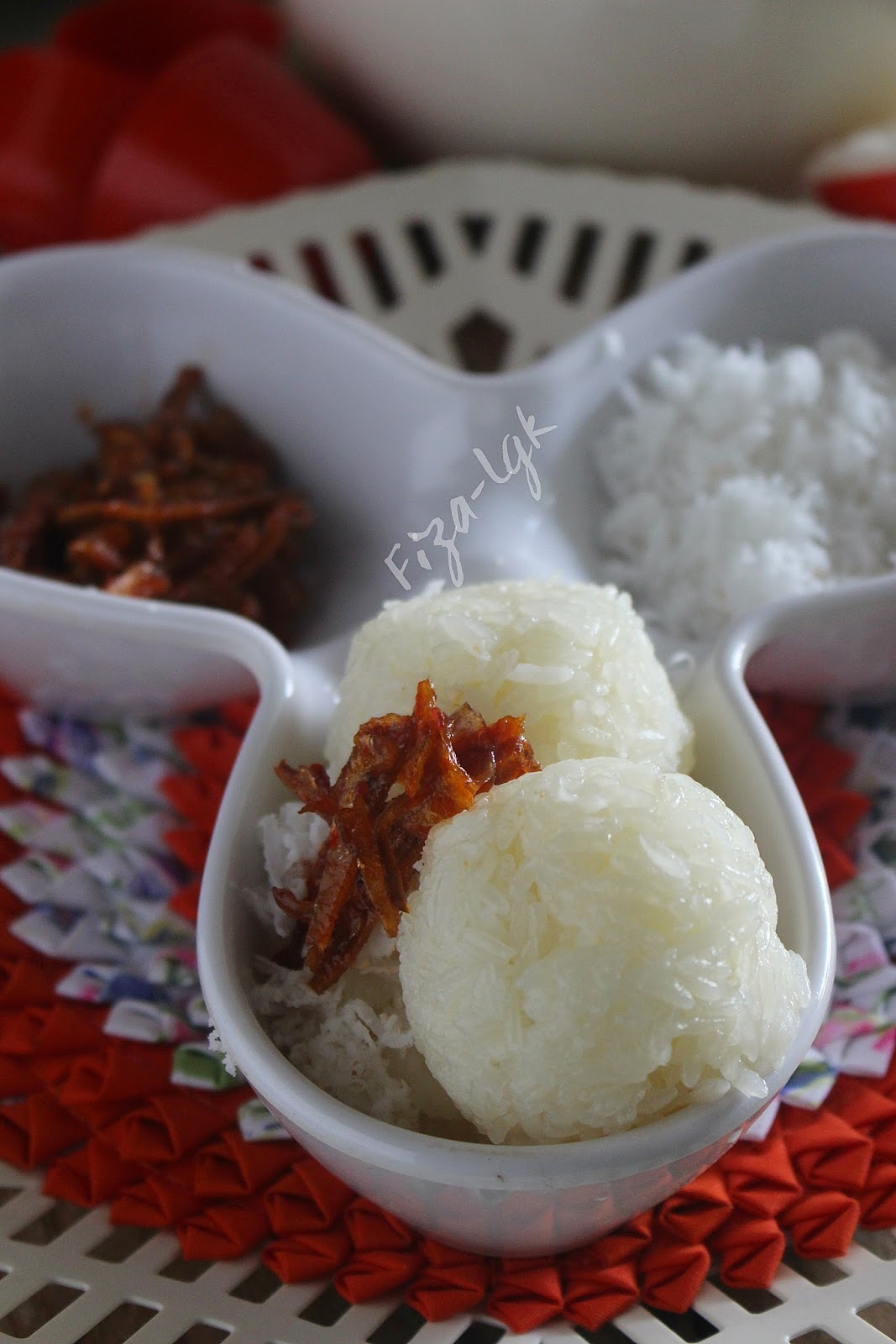 PULUT NYIUR SAMBAL IKAN BILIS   Fiza's Cooking