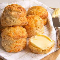 http://www.bakingsecrets.lt/2016/04/angliskos-bandeles-su-suriu-cheese.html