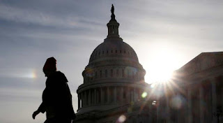 US lawmakers to hold border security talks in bid to avert shutdown