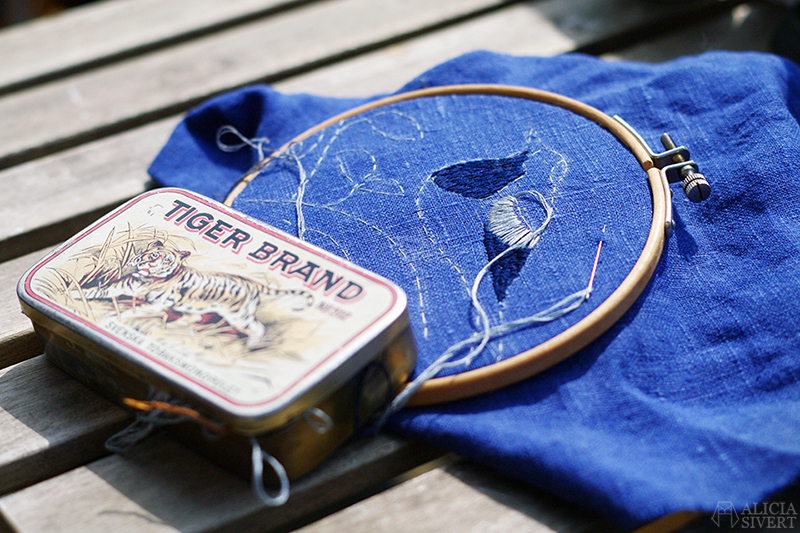 aliciasivert alicia sivertsson sivert skapa kreativitet diy do it yourself broderi embroidery needlework textile art textilkonst textil konst handarbete hantverk sädesärla linne pied wagtail