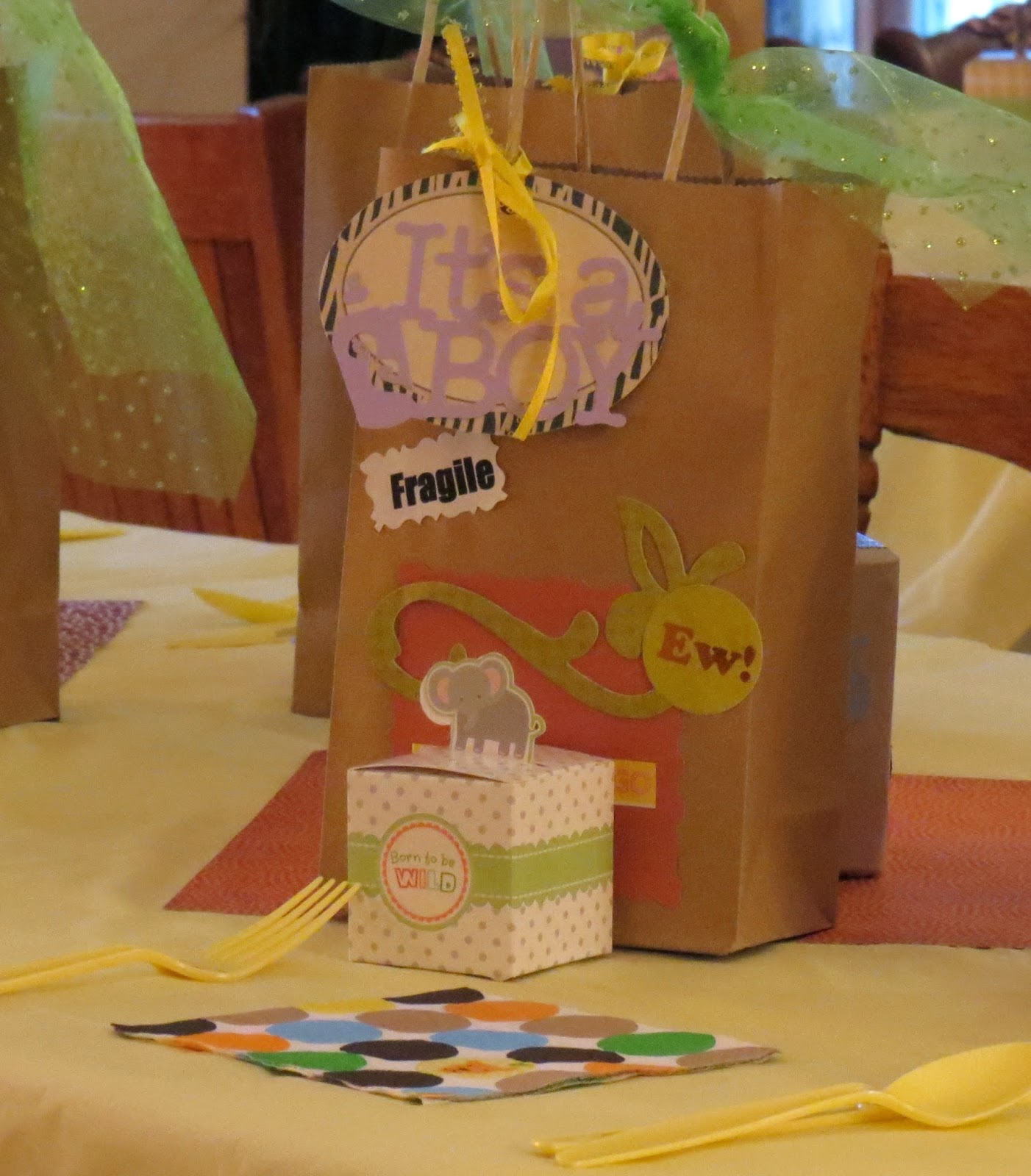 Shower Favors, It's a Boy, Goodie Bag! Animal Crackers, Place Setting