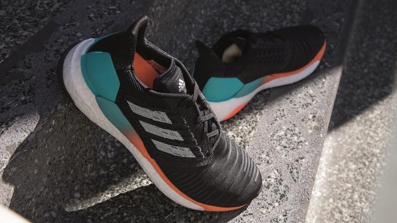 Corriendo con pasión: adidas solarboost Run to rise