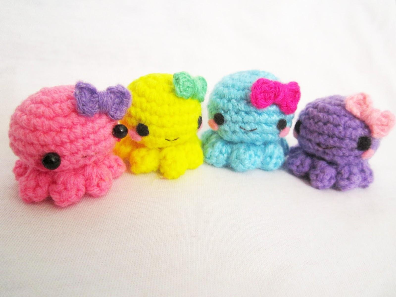 Baby octopus amigurumi - A little love everyday!