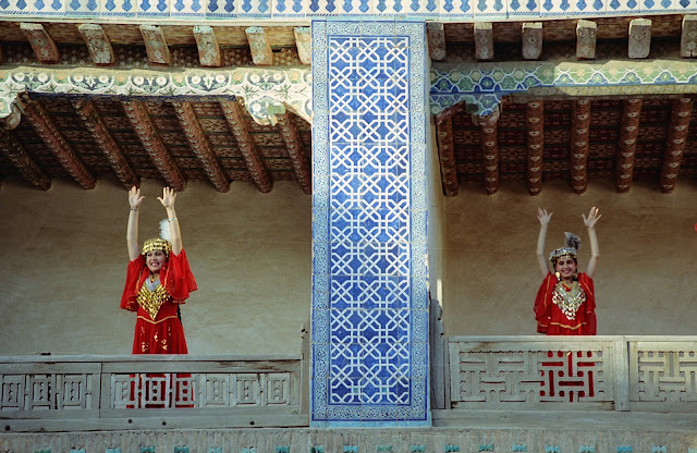 Ouzbékistan, Khiva, Harem Tach Khaouli, danse, © L. Gigout, 2012