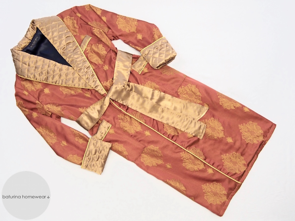 Men\'s Traditional 1920s Style Silk Dressing Gown with Quilted Shawl ...