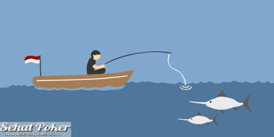 Syamsu hilang di laut, petugas hanya menemukan perahu dan sarung