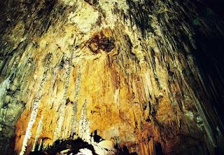 Caverna-do-Diabo-Brasil