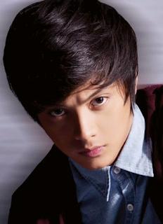 Kumpulan Foto Daniel Padilla Pemeran Angelo Terbaru