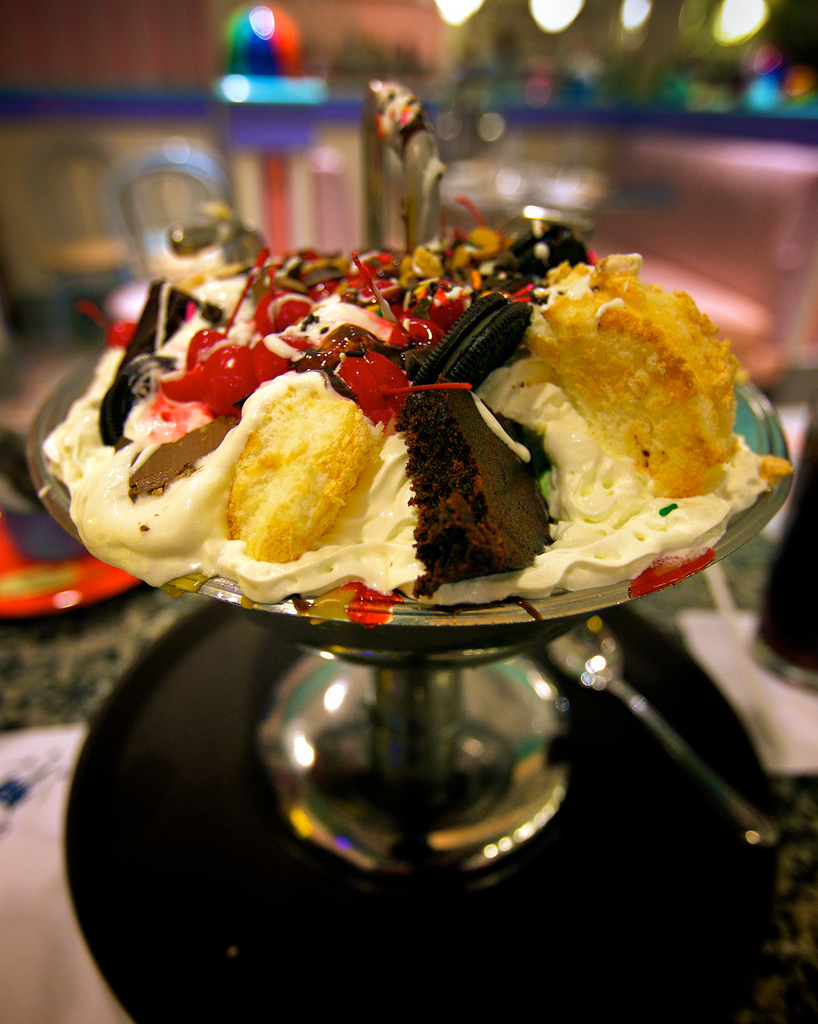 everything but the kitchen sink sundae every day is banana day in search of a sundae 9654