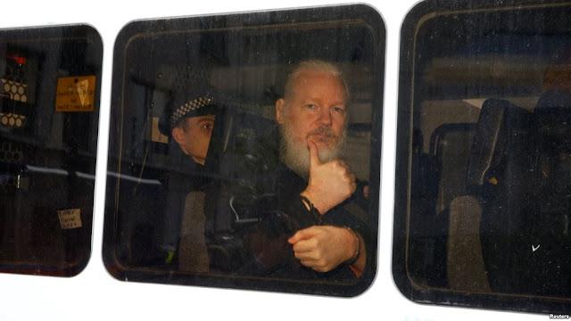 EE.UU: Fiscales de Estados Unidos presentarán cargos por conspiración contra fundador de WikiLeaks
