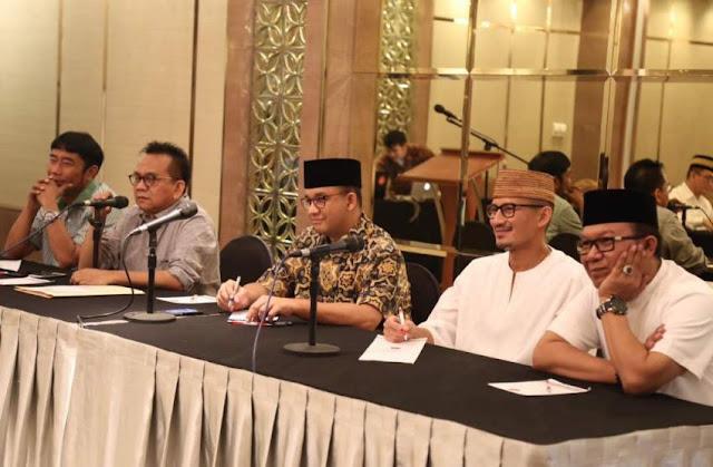 Takut Dicopot, Sejumlah Direksi BUMD DKI Eks 'Teman Ahok' Mulai Carmuk ke Anies-Sandi