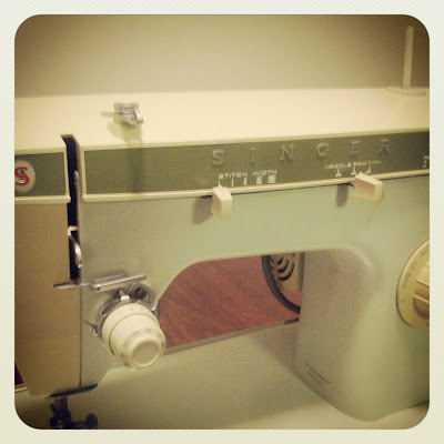 Mom's Singer Sewing Machine - Photo by Taste As You Go