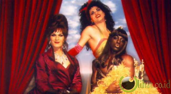 Wesley Snipes dan Patrick Swayze Film: TO WONG FOO THANKS FOR EVERYTHING