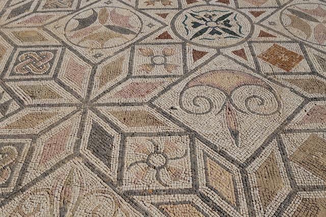 Mosaico de la casa de los pájaros
