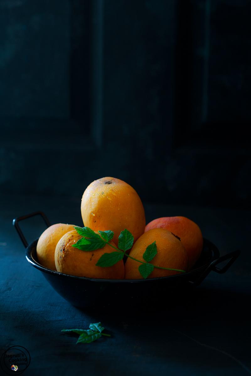 Indian Ratnagiri Alphonso-hapus mangoes