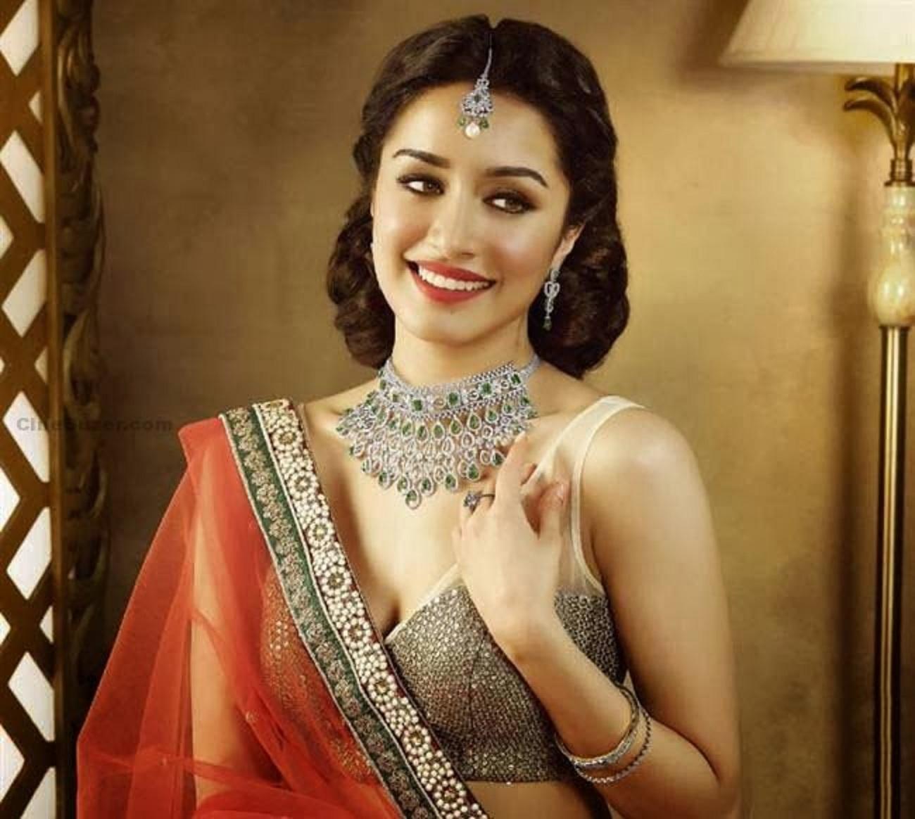 Shraddha Kapoor 4K Wallpaper | HD Wallpapers